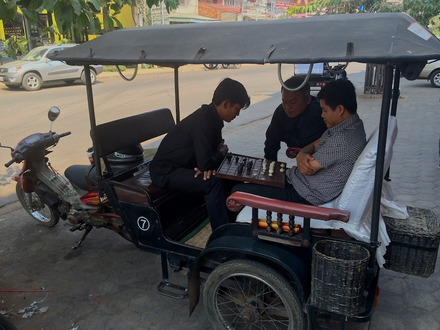 tuk tuk chess