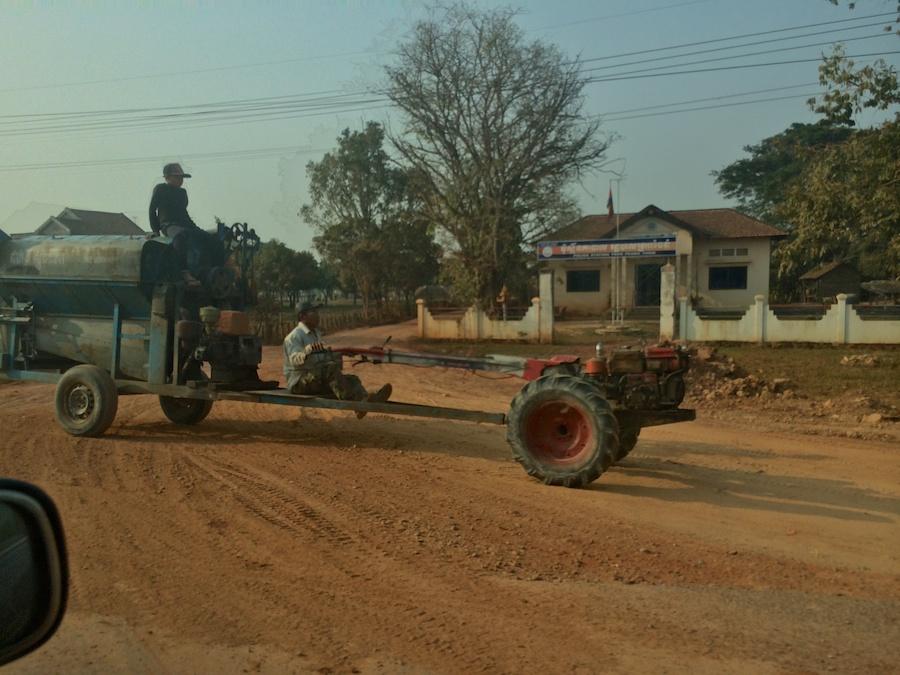bizzare 'tractor' & trailer