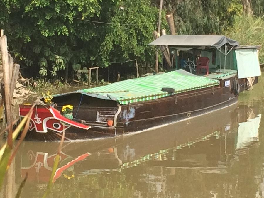 boat full of rice