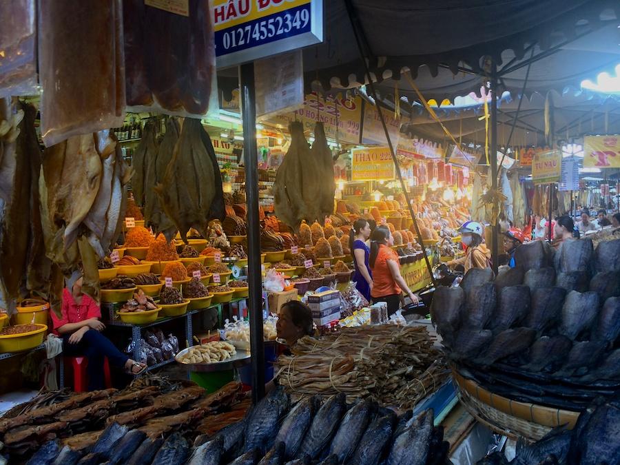street market, chau doc
