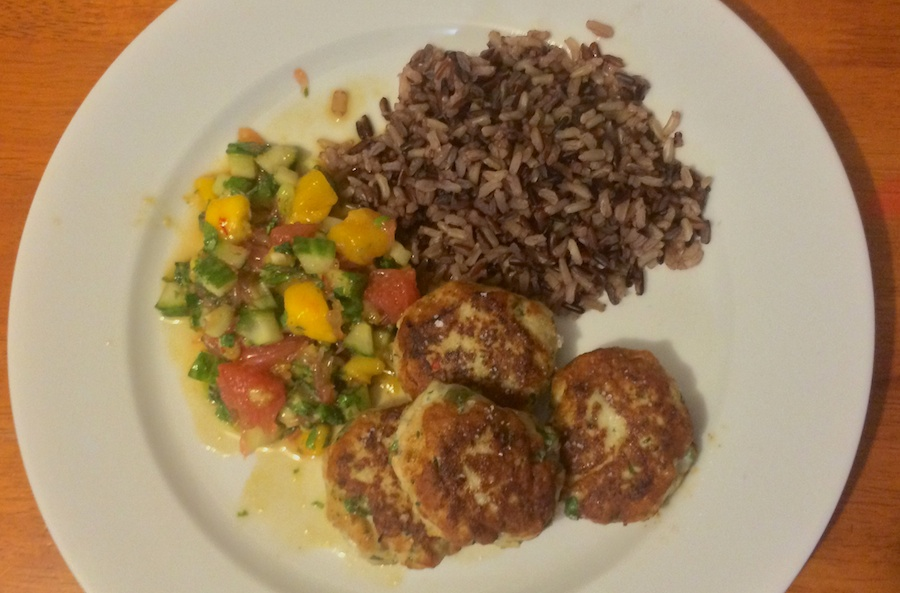 fish cakes, salsa & rice