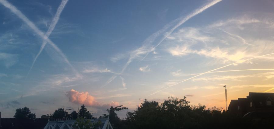aircraft jet streams, dusk svendborg