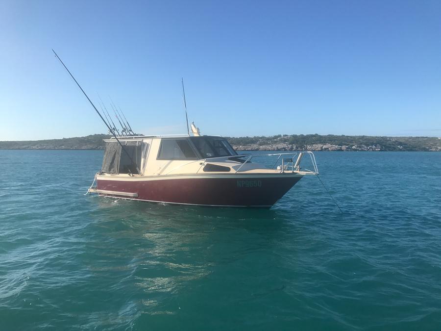 anchored at eliizabeth bay